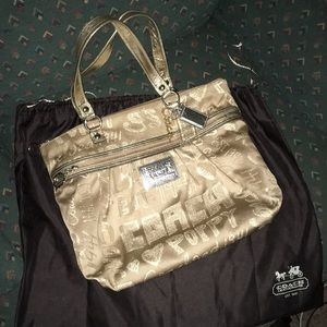 Coach gold poppy bag with dust cover